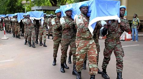 Yhdeksän nigerilaista YK-rauhanturvaajaa surmattiin Malissa lokakuun alussa.