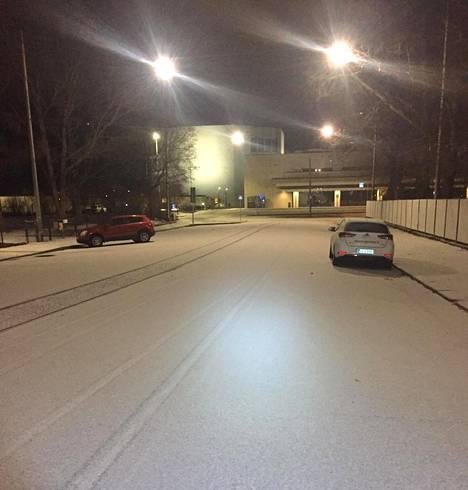 Helsingin Kallio aamulla.