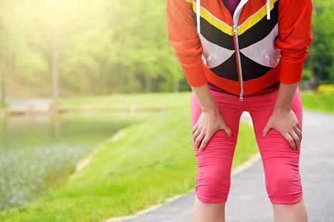 Liikunta kannattaa aloittaa pikku hiljaa eikä puristaa täysillä painonpudotuksen maksimi mielessä.
