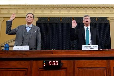 Ulkoministeriössä Ukraina-asioista vastannut George Kent ja Ukrainan-suurlähettiläs Bill Taylor aloittavat virkarikoskuulemiset keskiviikkona.