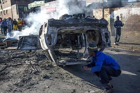 Paikalliset asukkaat ovat hyökänneet ulkomaalaisia vastaan Johannesburgissa.