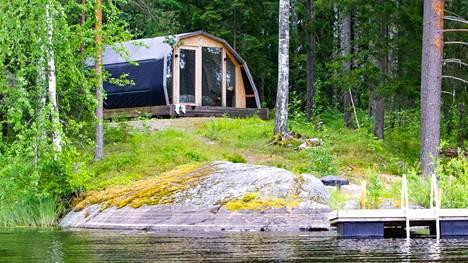 Hidden House on Jämsässä sijaitseva glamping-kohde.