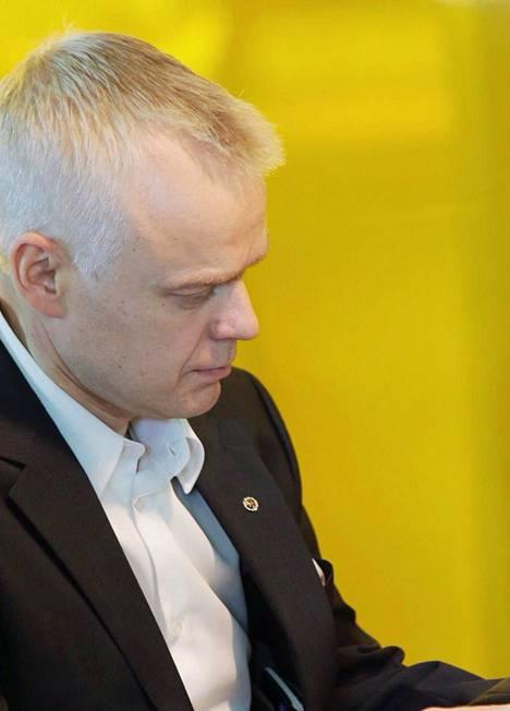Timo Heinonen pitää epäkohtana sitä, että uudistuksen myötä asemapaikka- ja päivystysvelvoite poistui.