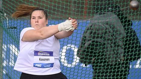 Silja Kosonen voitti suomalaisten keskinäisen kisan.