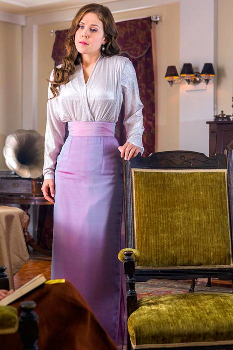 Elizabeth saa perjantain jaksossa järisyttäviä uutisia ja fanit jäävät piinaavaan tilanteeseen.