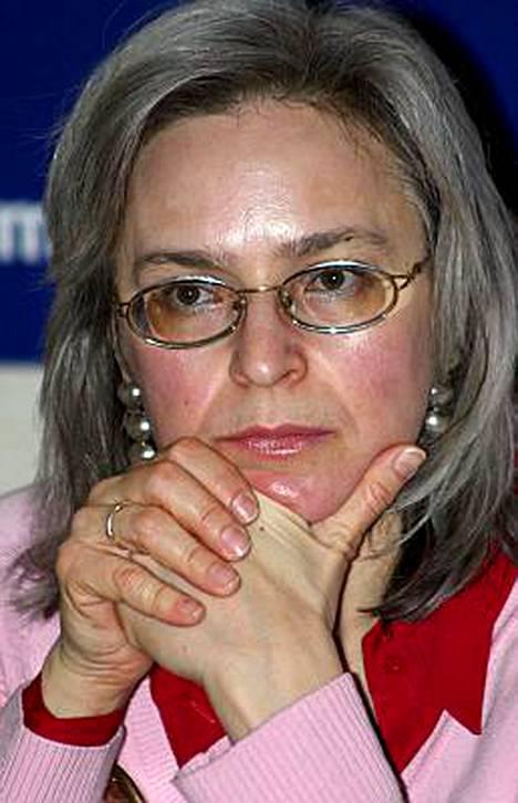 Tsetsheenimiestä vastaan on nostettu syyte toimittaja Anna Politkovskajan murhasta.