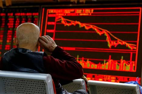 Kiinan osakemarkkinat sukelsivat alkuviikolla.