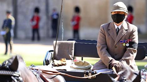 Hevosvaunut hautajaisissa olivat kaunis kunnianosoitus miehelle, joka omisti ison osan elämästään hevosurheilulle.
