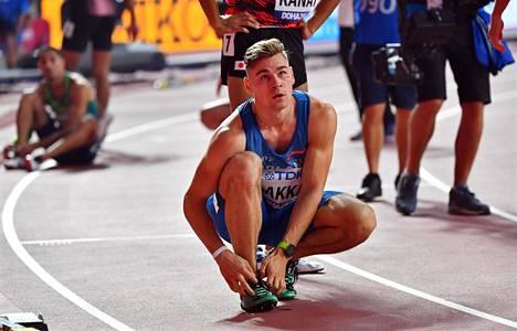 110 metrin aituri Elmo Lakka edusti Suomea Dohan MM-kisoissa.