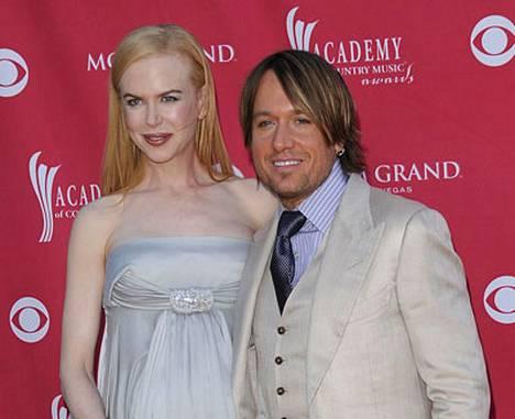Nicole Kidmanin ja Keith Urbanin vauvalle tulee nimeksi Sunday Rose Kidman Urban.