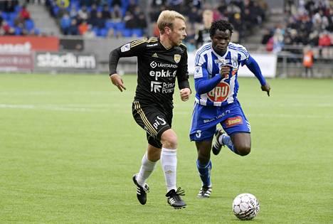 Uransa päättäneen Jussi Vasaran SJK jäi tasapeliin HJK:n kanssa.