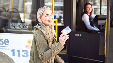 Ruuhkiin on syytä varautua syksyn tullen myös Tampereen joukkoliikenteessä. Matkakortin voi sen sijaan hankkia myös riskittömästi.