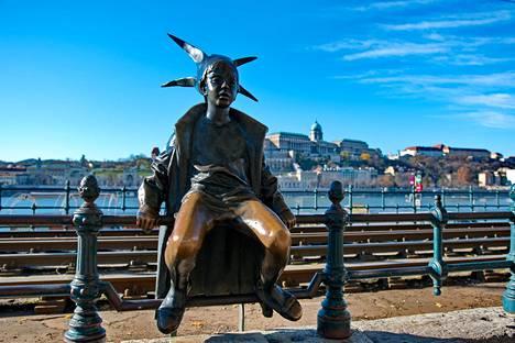 Pikku prinsessa -patsas sijaitsee Budapestissa.