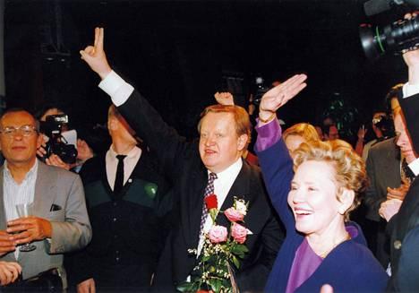 Martti Ahtisaari voitti presidentinvaalit vuonna 1994.