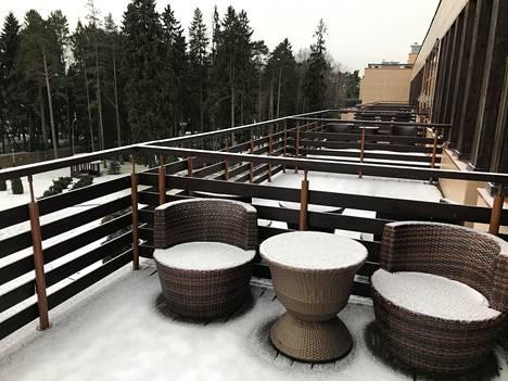 Huuhkajien tulevan hotellin yläkerroksissa on tilavat ulkoterassit.