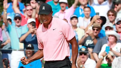 Tiger Woods räjäytti yleisön riemuun – huima eagle-putti nosti legendan kärkeen Tour Championshipissä