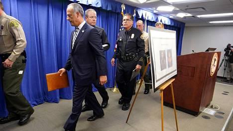 Viranomaiset kertoivat tiedotustilaisuudessa pidätyksestä. Entinen sotilas suunnitteli massiivista terrori-iskua Kaliforniassa.