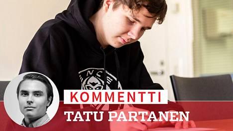 """Elias """"Jamppi"""" Olkkonen, 18, on ENCEn uusi pelaaja. Superlupauksen tilannetta varjostaa pelikielto pelin ykkösturnaukseen."""