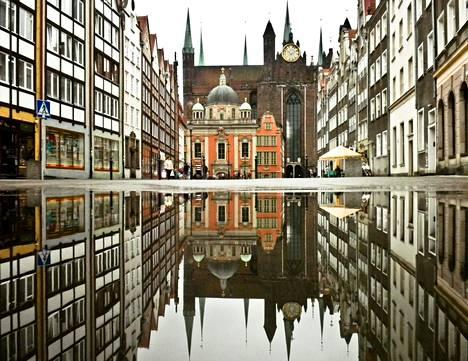 Gdansk on suomalaismatkailijalle lähikohde, johon voi löytää lentoja hyvinkin edullisesti.