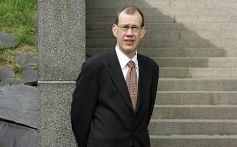 Helsingin yliopiston geriatrian professori Timo Strandberg.