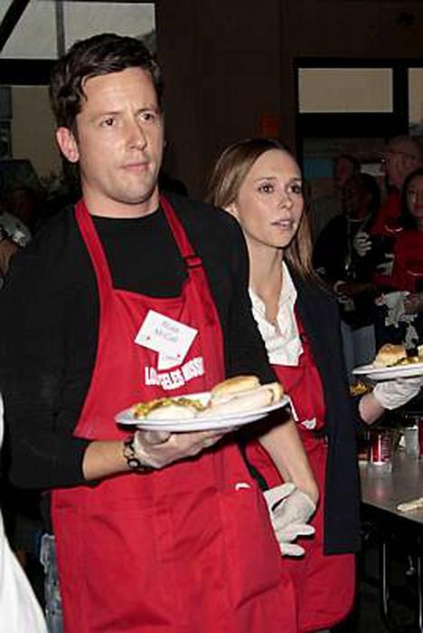 Jennifer Love Hewitt oli mukana miehensä Ross McCallin kanssa.