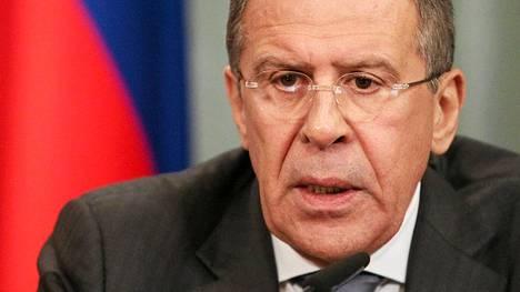 Venäjän ulkoministeri Sergei Lavrovin mukaan muun muassa Venäjä ei saisi taivuteltua al-Assadia luopumaan Syyrian johtamisesta, vaikka maa sitä yrittäisikin.