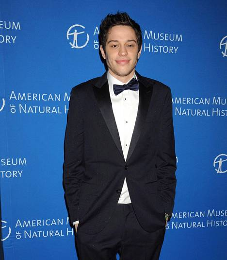 Pete Davidson tunnetaan Saturday Night Live -ohjelmasta.
