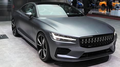 Polestar 1 esiteltiin Geneven autonäyttelyssä viime keväänä. Mallin Volvo-sukuisuus on vahva.