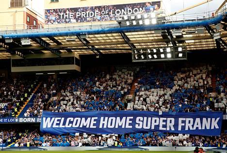 Frank Lampard toivotettiin tervetulleeksi Stamford Bridgelle.