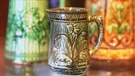 Tuurissa asuva eläkeläinen Kauko Välimäki oli vuosien varrella hankkinut peräti 1250:n maitokannun kokoelman.