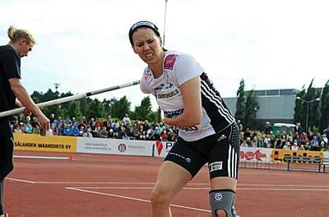 Mikaela Ingbergin ilme oli tuskainen Joensuun eliittikisoissa eikä selän tilanne ollut parempi vielä Lapinlahdellakaan viime sunnuntaina.