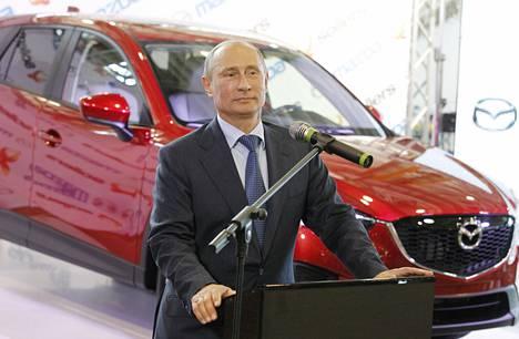 Vladimir Putin puhui viime vuonna Sollersin ja Mazdan yhteisen tehtaan avajaisissa.