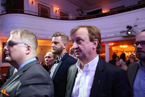 Hjallis Harkimon ja Joel Harkimon yhteiset vaalivalvojaiset (kokoomus).