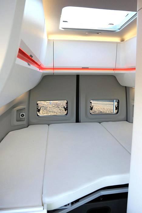 Asuntoautojen sisätilojen varustetasossa voi olla merkittäviä eroja.