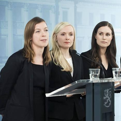Li Anderssonin vasemmistoliitto, Maria Ohisalon vihreät ja Sanna Marinin Sdp ovat suhtautuneet nihkeästi hallitusohjelman uudelleen kirjoittamiseen ja leikkausten tekemiseen.