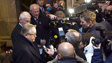 Noin 200 ulkomaista toimittajaa seuraa Nobel-juhlallisuuksia kuluvalla viikolla.