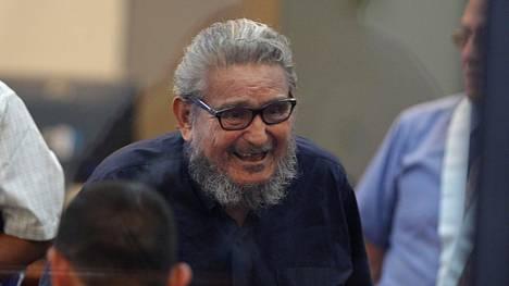 Abimael Guzman oikeuden istunnossa Limassa 28. helmikuuta 2017.