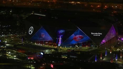 New England Partiots ja Los Angeles Rams kohtaavat Super Bowlin finaalissa Atlantan Mercedes Benz -stadionilla.