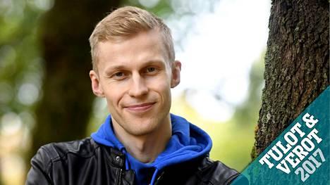 Roni Bäck on yksi Suomen suosituimmista tubettajista.