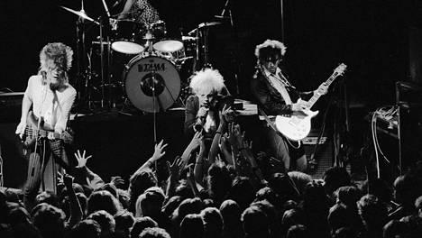 Dingo esiintymässä Tavastialla vuonna 1984.
