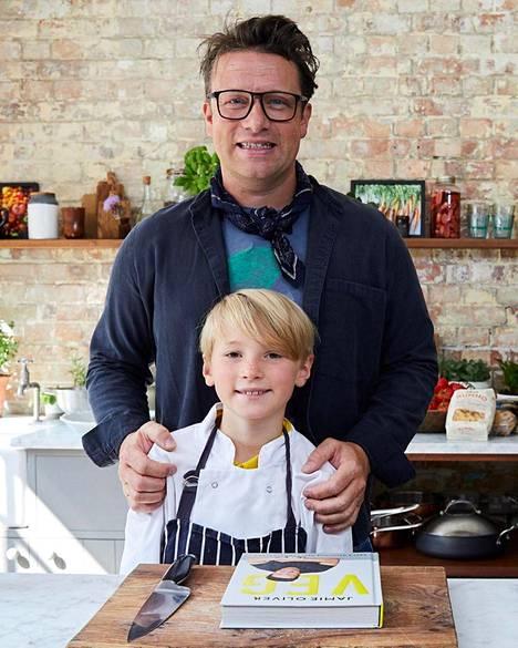 Jamie Oliverin Buddy-poika seuraa isänsä jalanjälkiä.