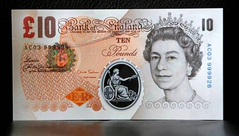 Kuningatar Elisabet koristaa kymmenen punnan seteliä. Uudet kympit on valmistettu polymeeristä.