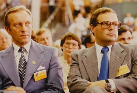 Kokoomuksessa valta vaihtui 1979. Harri Holkeri siirtyi Suomen Pankin johtajaksi ja kokoomuksen uudeksi puheenjohtajaksi nousi Ilkka Suominen. Holkerin ja Suomisen ystävyys loppui hallitusneuvotteluissa 1987.