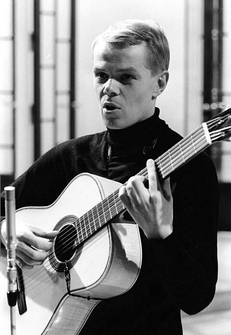 Lasse Mårtenson kuvattuna tammikuussa 1966.