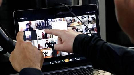 Zoom-videopuhelusovelluksen suosio on hypännyt koronaviruspandemian aikana.