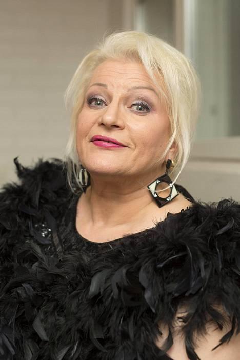 Arja Sipola esiintyi kansainvälisenä naistenpäivänä 8.3. konsertissa Malmitalolla.