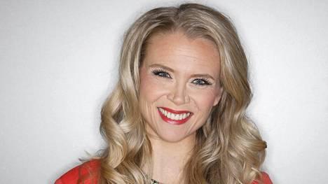 Susanna Laine korvaa Joel Hallikaisen.