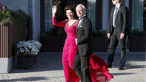 Huhut kertovat, että Kaarle Kustaa ja kuningatar Silvia olisivat myymässä Villa Mirage -huvilaansa. Se on ollut kuninkaallinen kesäpaikka jo vuodesta 1947.