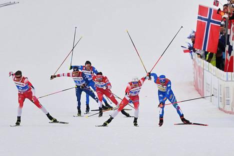 Miesten MM-sprintin välierä Seefeldissä oli värikäs ja tapahtumia täynnä...