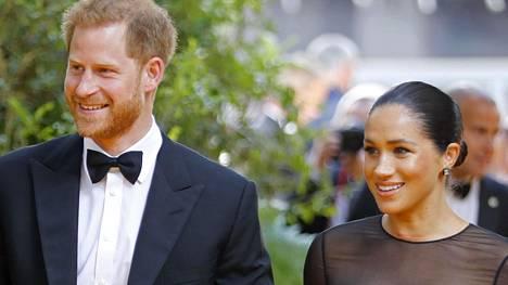Herttuatar Meghan ja prinssi Harry nähtiin ensikertaa punaisella matolla sen jälkeen, kun esikoinen Archie syntyi.